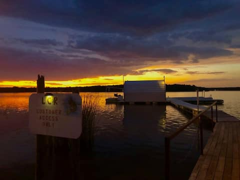 Lakeside RV Camping spots on Lake Cisco