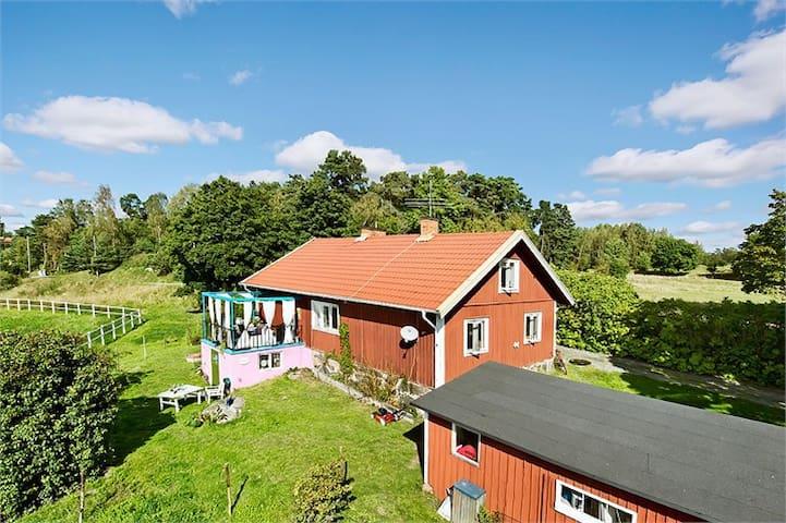 Lantligt hus i Roslagen - Lappdal - Casa de campo