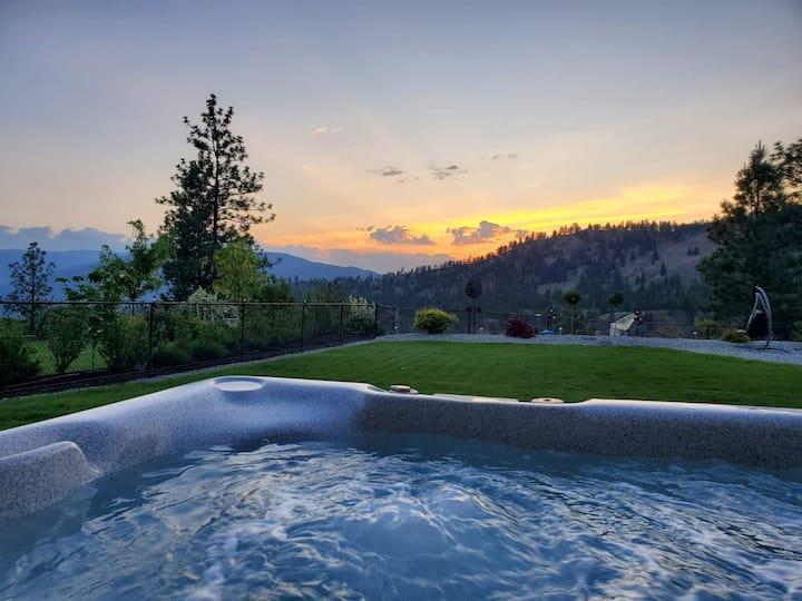 Sunset suite at Sendero Canyon