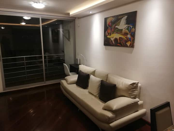 "Comfortable Suite in ""La Floresta"" Neighborhood"