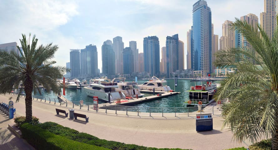 Dubai Marina Beautiful 1 Bed (Gated Community)