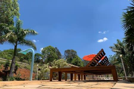 Chácara Reservada em Meio a Natureza - Com Piscina
