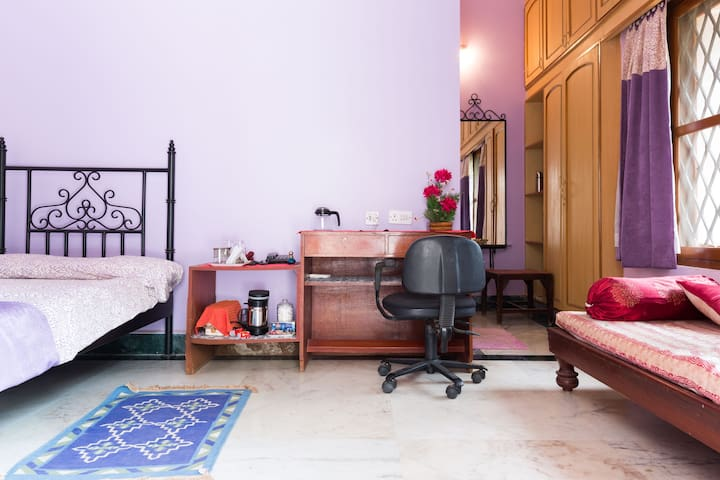 AARAM - Pvt spacious 1BR in a quiet & serene area