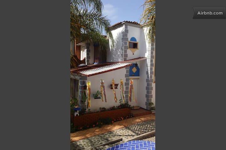 *Welcom To Casa Viva Playas de Tijuana 98/Photos!*