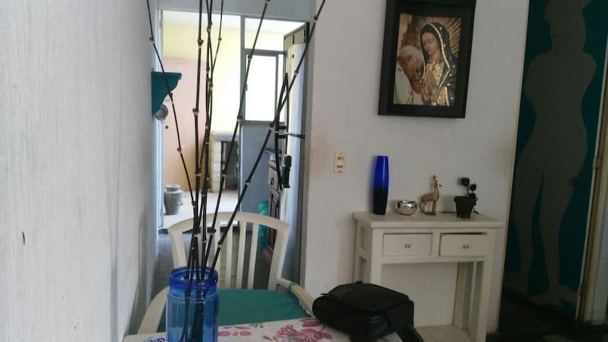 ECONOMICO Y COMODO DEPA A 15 MIN DE NVO VALLARTA