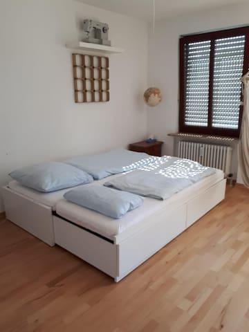 Wohnzimmer  Bett 160x200