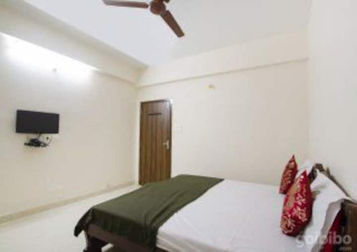 Serviced apartment Near to East Maredpally ..