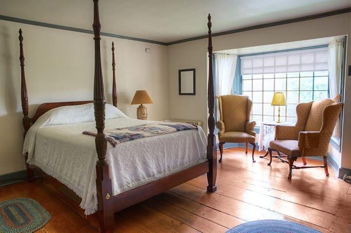Mill Room 4 at The Inn at Millrace Pond