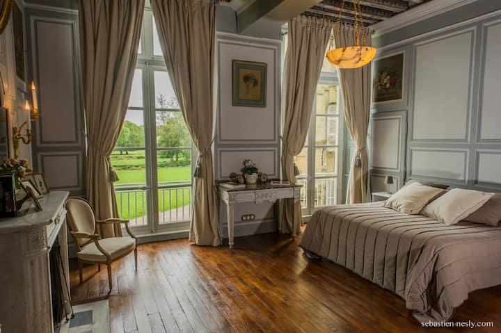 La chambre Favard du château de Prye