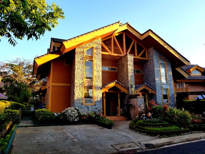 Camp John Hay Forest Cabin 25A