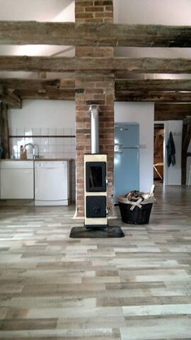 Neuer Ofen im Wohnbereich.