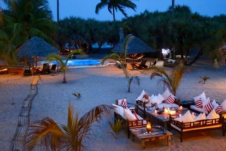Secluded Indian Ocean Beach Villa near Tanga