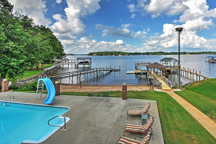 Waterfront Lake Norman Duplex w/ Pool & Boat Dock!