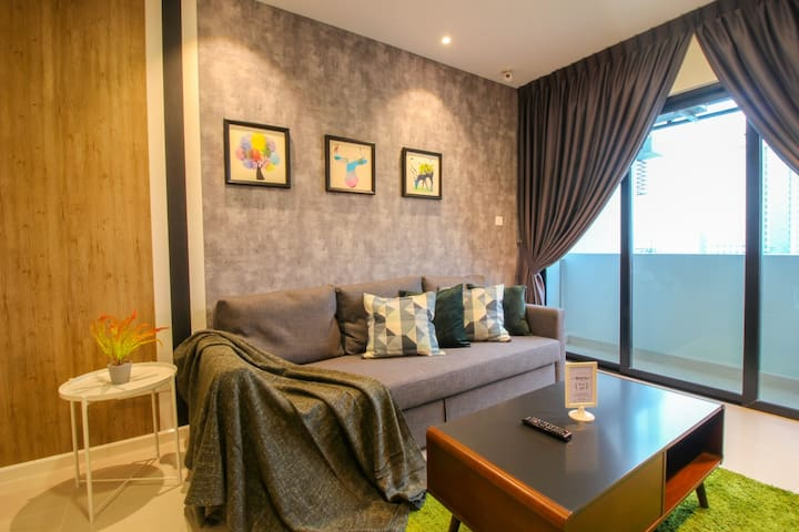 NEW! JB City【SUASANA】Insight Getaway byⓗⓢ