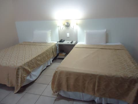 Suíte particular em Hotel, uma quadra da Beira Mar