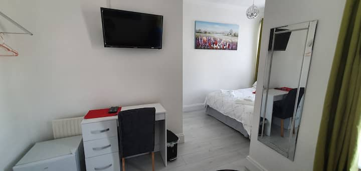 Double Room Luxury at Holly Lodge Guest House