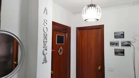 A Soneca,  piso céntrico na vila de Redondela