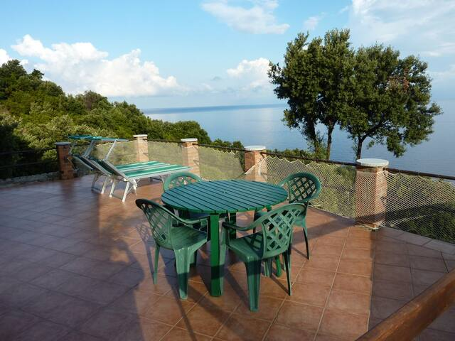Peace and relaxation by the sea - Appartamenti Sant' Andrea - Bilocale Nord