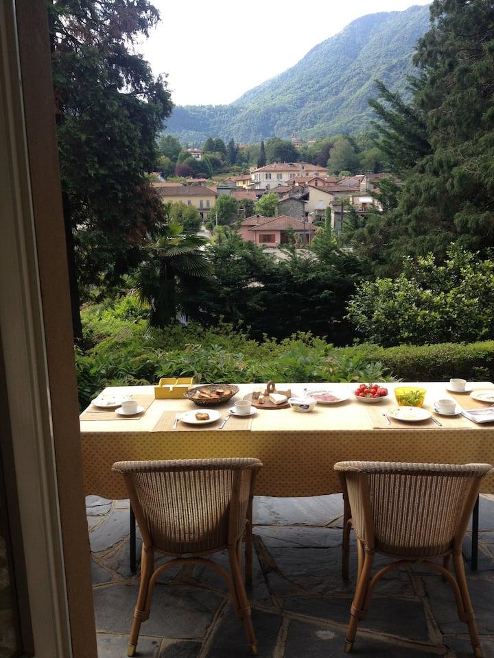Villa Lago maggiore  voor 8 personen