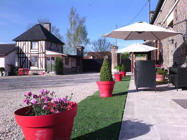 Appartement de charme dans corps de ferme aubois - Barberey-Saint-Sulpice - Casa