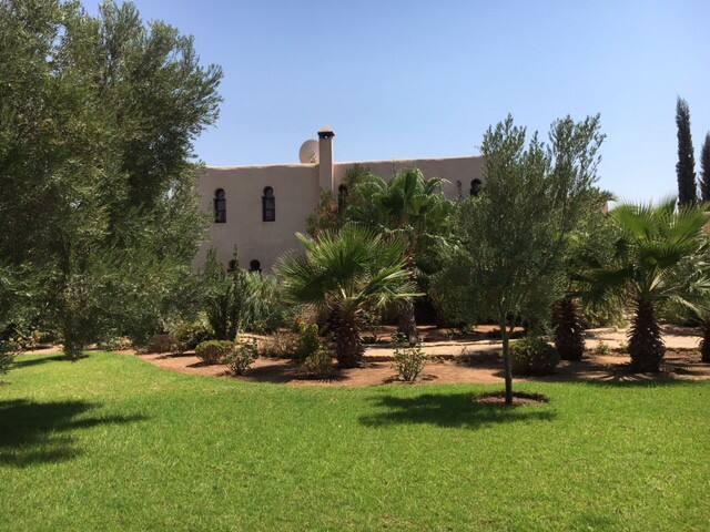 Grande maison dans la campagne d'Essaouira