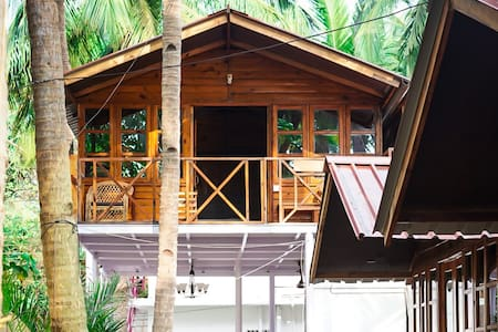 Sea View Cottage on L1 in Agonda Beach 1