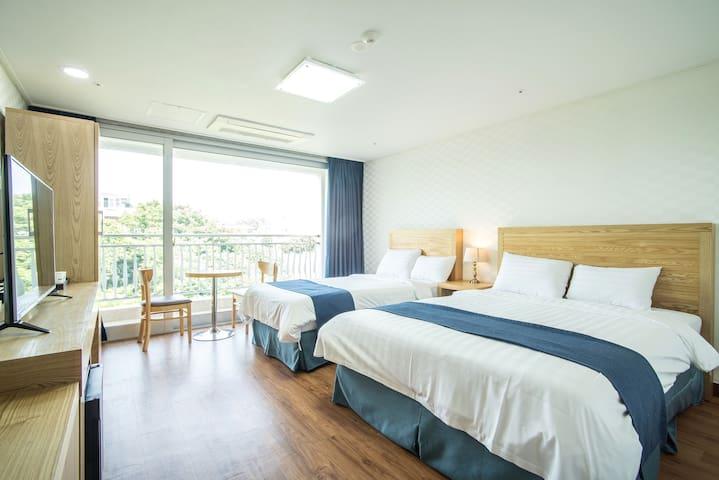 breezebay / superior room(city view)②