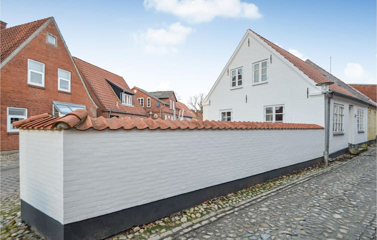 Semi-Detached with 3 bedrooms on 120m² in Tønder