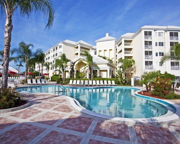 Silver Lake Resort in a 1 Bedroom Suite - Kissimmee - Lejlighedskompleks
