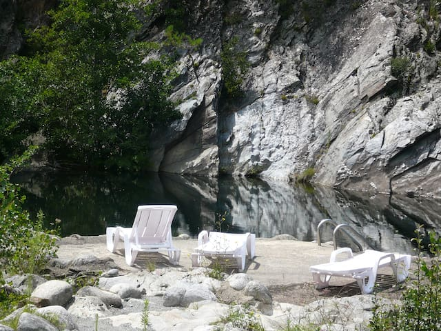 terrasse bord de rivière