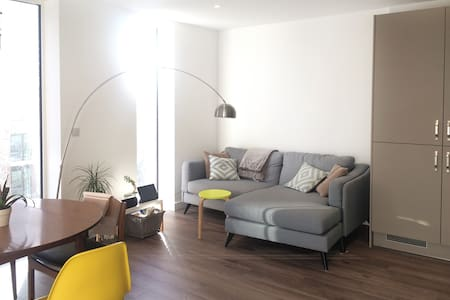 1 Bed Flat in Historic Riverside Location - Londres