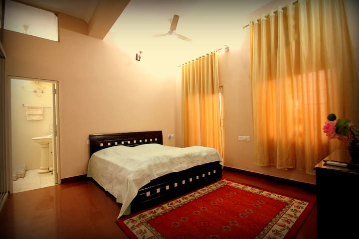 FEEL AT HOME IN AJMER - Ajmer - Bed & Breakfast