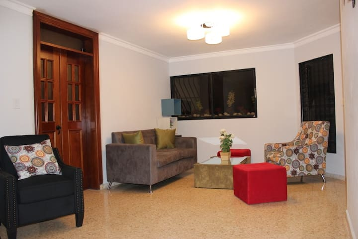 BEAUTIFUL Apartment in the heart of Santo Domingo - Santo Domingo - Apartament