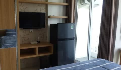 cozy studio apartment in downtown surabaya