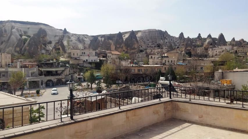 Best location Goreme Stone bldg NEW - Göreme - Bed & Breakfast