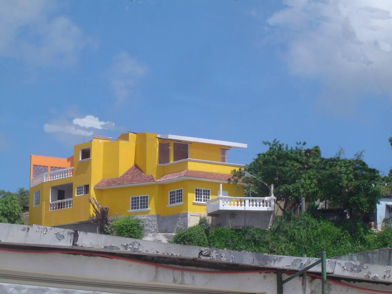 """Casona del Cerro- Departamento """"C""""- Solo para 3"""