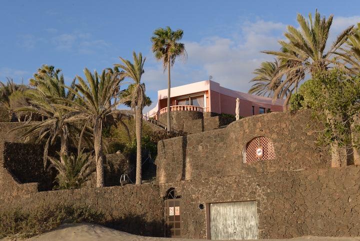 Casa Dominio : großes Schwimmbad , 2300 m² Garten