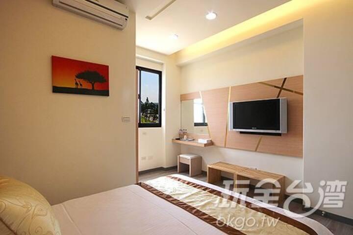 溫馨2人房303 位於市區中間交通十分便利 澎湖住宿旅遊的最佳選擇