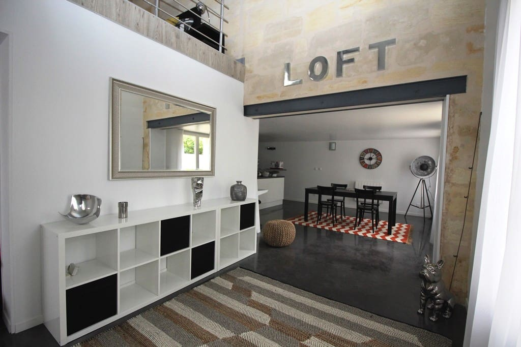 loft en pierre design r nov et mobilier neuf lofts louer villenave d 39 ornon aquitaine. Black Bedroom Furniture Sets. Home Design Ideas