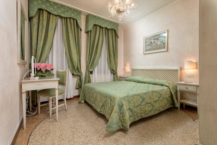 Room in Venice