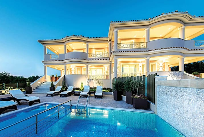 3 bedroom Villa sleeps 6 in Tsilivi