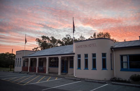 Garston Hotel - Single Room