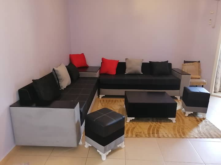 Appartement F2 confortable a Bejaia ville