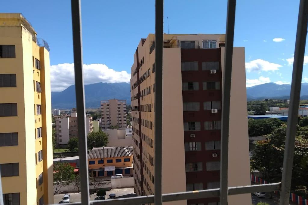 visão do apartamento para o pico das Agulhas Negras