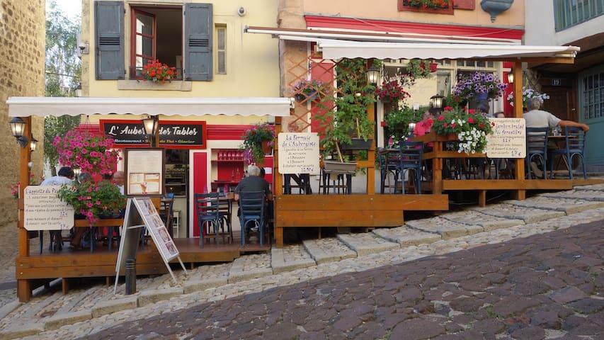 L' Auberge des Tables