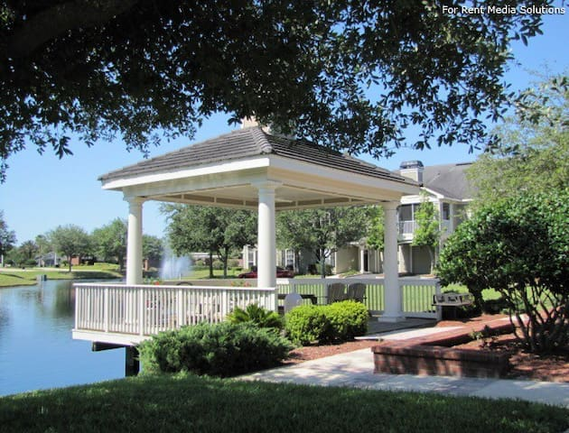 VINO under the Gazebo - Jacksonville - Lejlighed