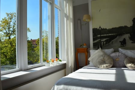 Amazing Suite with a View - Bergen op Zoom - Bed & Breakfast