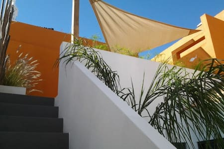 Fisherman's house/2pers+2 bicycles,close to beach! - Santa Luzia