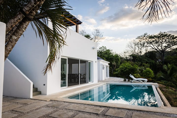 Secluded beach house with amazing view in Islita