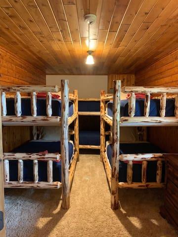 The magical bunk room that sleeps six